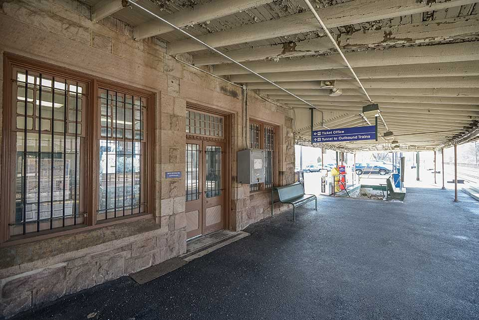 Ticket office at train station in Devon, PA