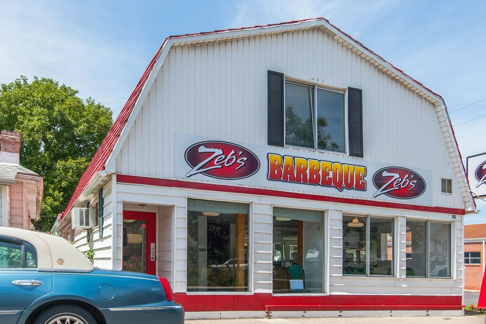 zeb's bar b que short gap wv