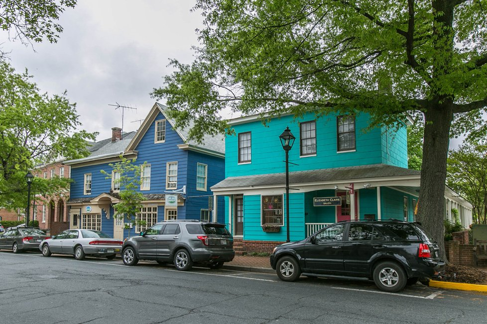 blue businesses in easton md