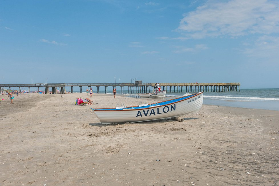 boat on avalon beach nj
