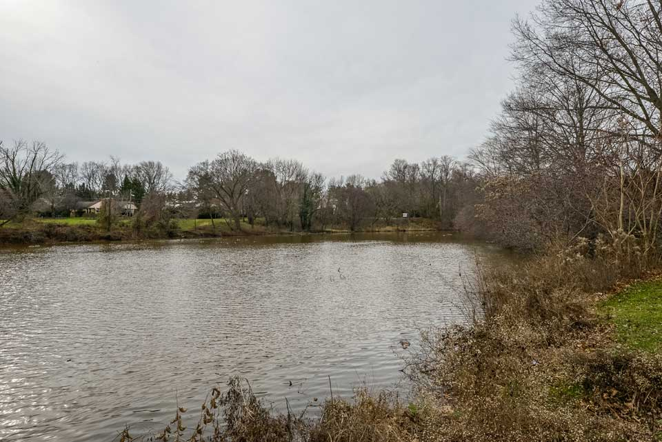 Strawbridge Lake in Moorestown, NJ