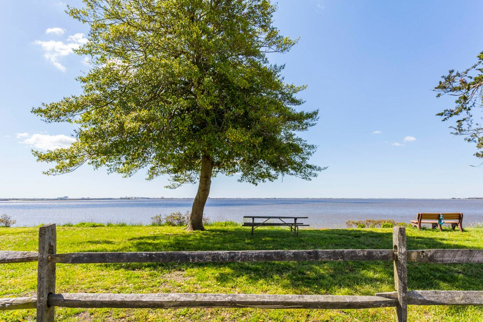 park overlooking water in somers point nj