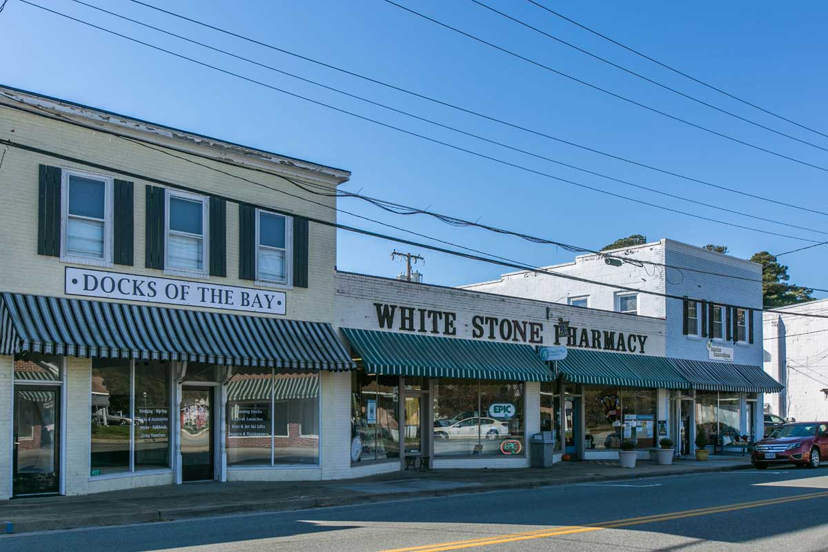 White Stone Pharmacy in White Stone, VA