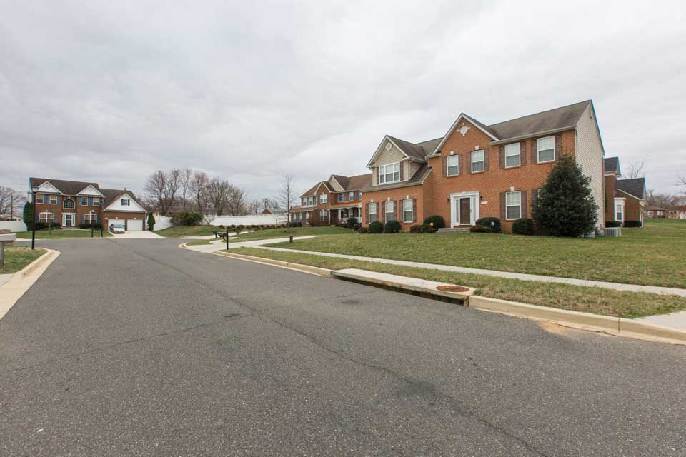 single family home cul de sac in Camp Springs, MD