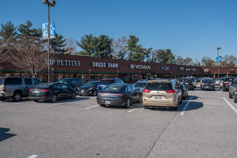 Shopping Center in Severna Park, Md