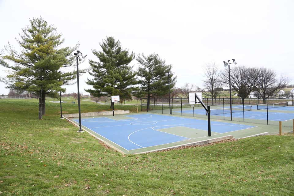 Basketball courts in Mount Airy, MD