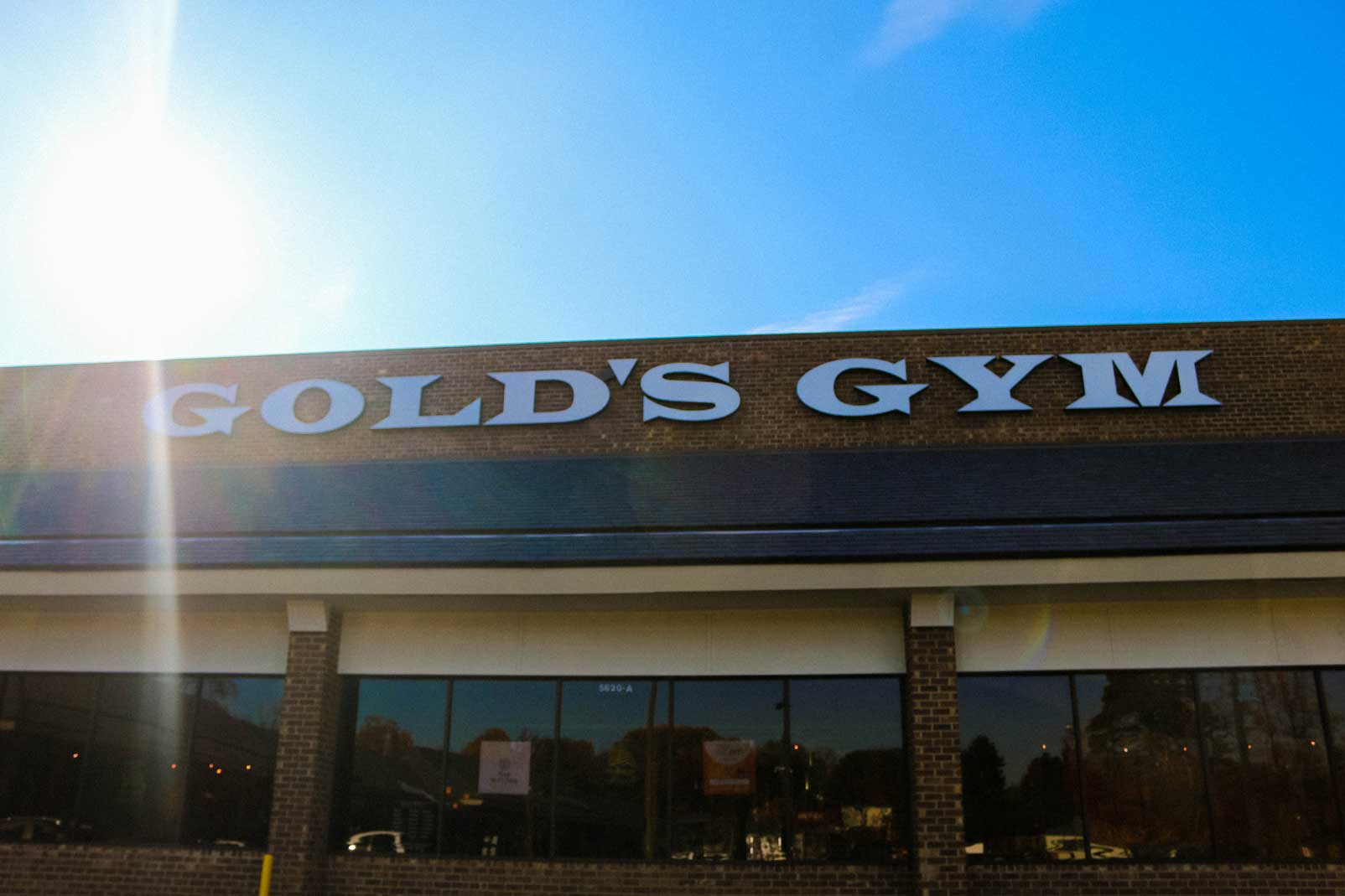 gold's gym fairfax station va
