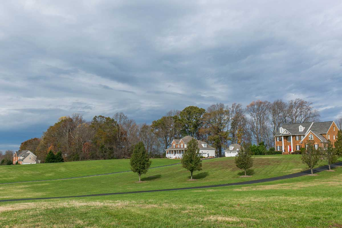 Single family homes with large lots in Goochland, VA
