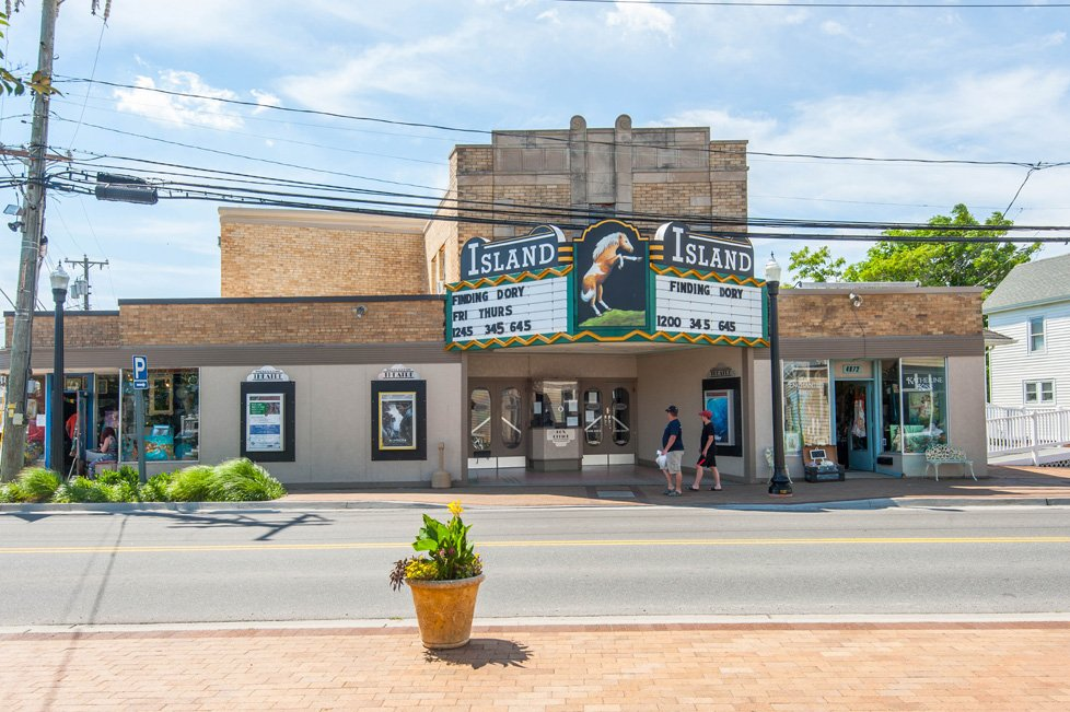 island theater in chincoteague va