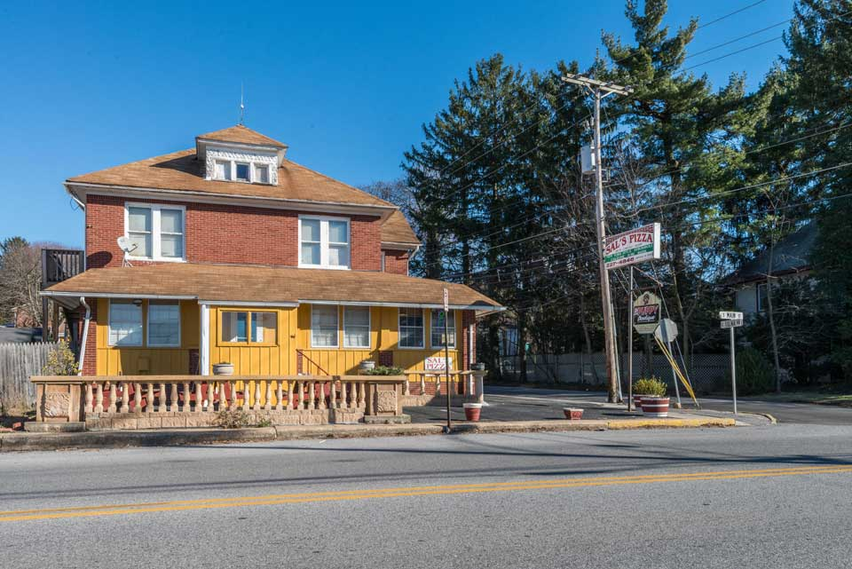 Sal's Pizza in Shrewsbury, PA