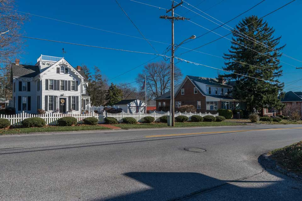 residential street in Shrewsbury, PA