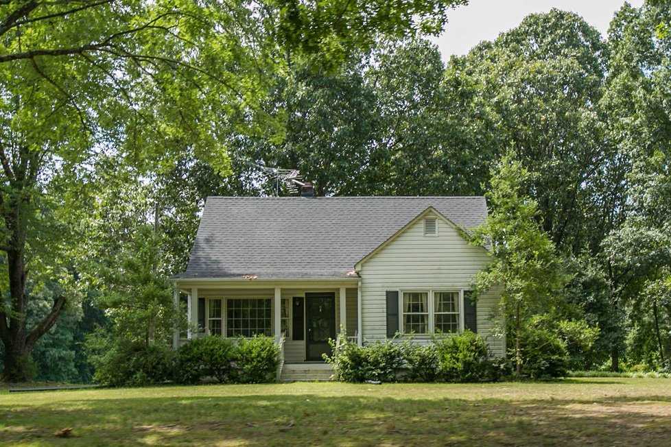 single family home in lake gaston va
