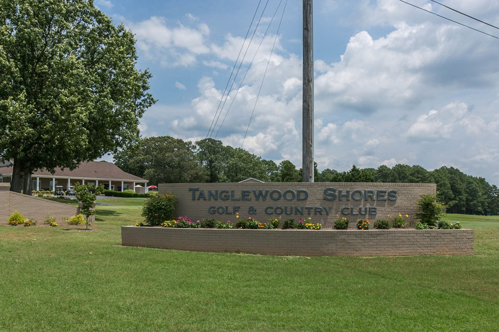 tanglewood shores golf club in lake gaston va