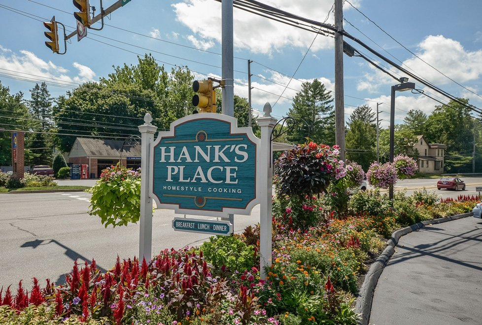 hank's place chadds ford pa