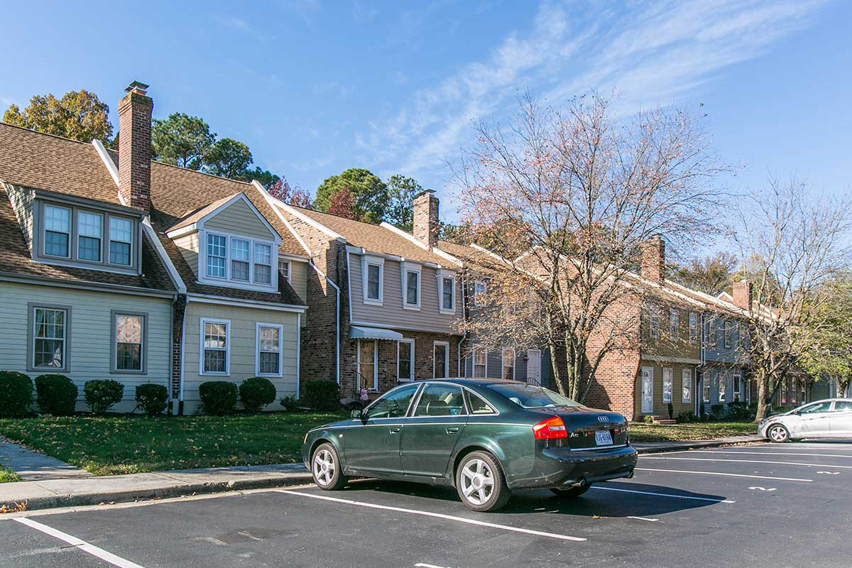 Townhouses in Colonial Heights, VA
