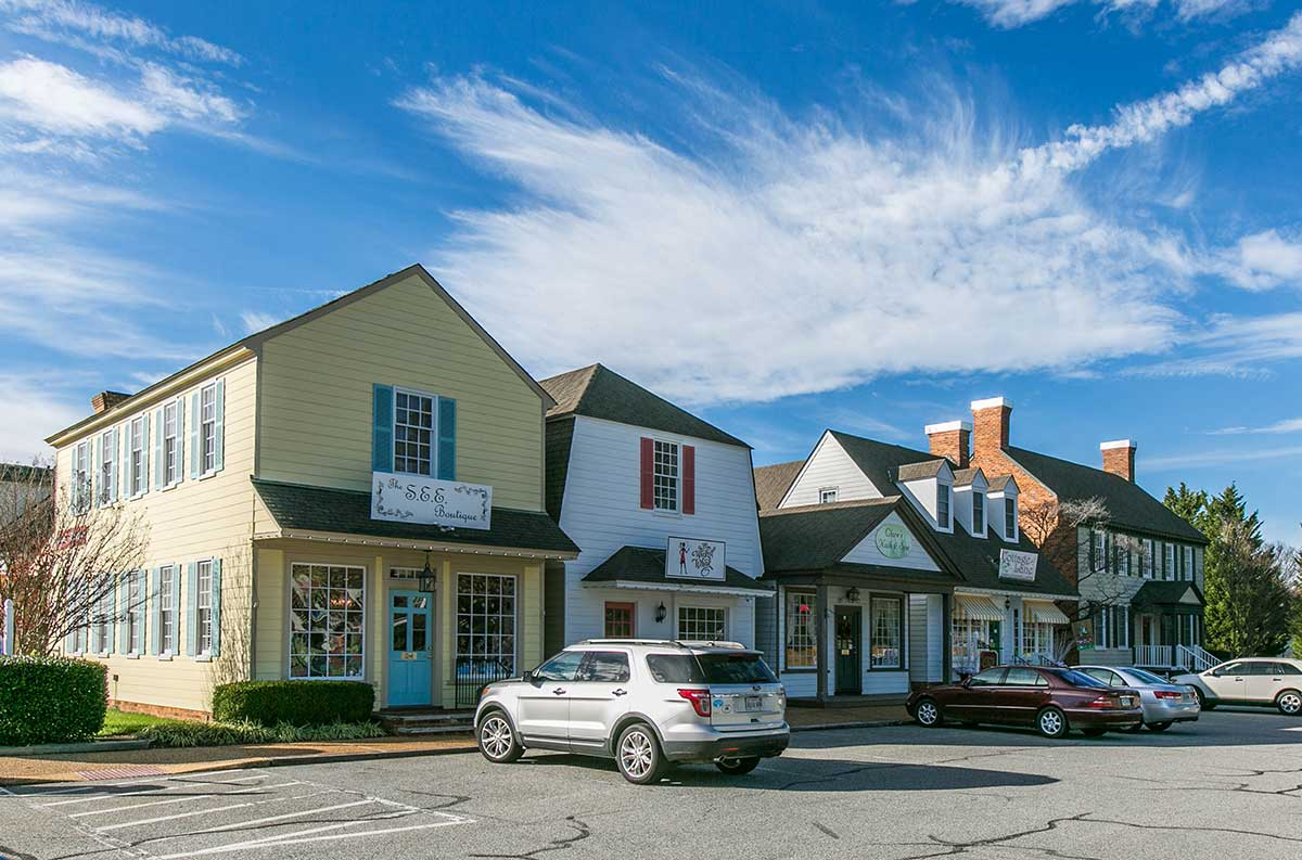 Row of shops in Midlothian, VA