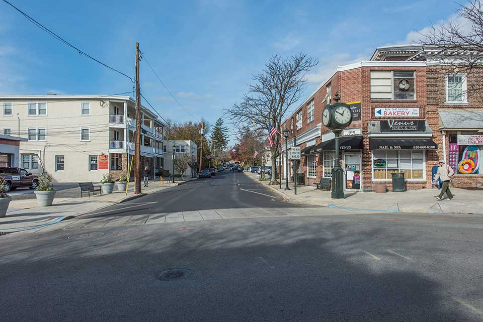 Street with businesses in Narberth, Philadelphia, PA