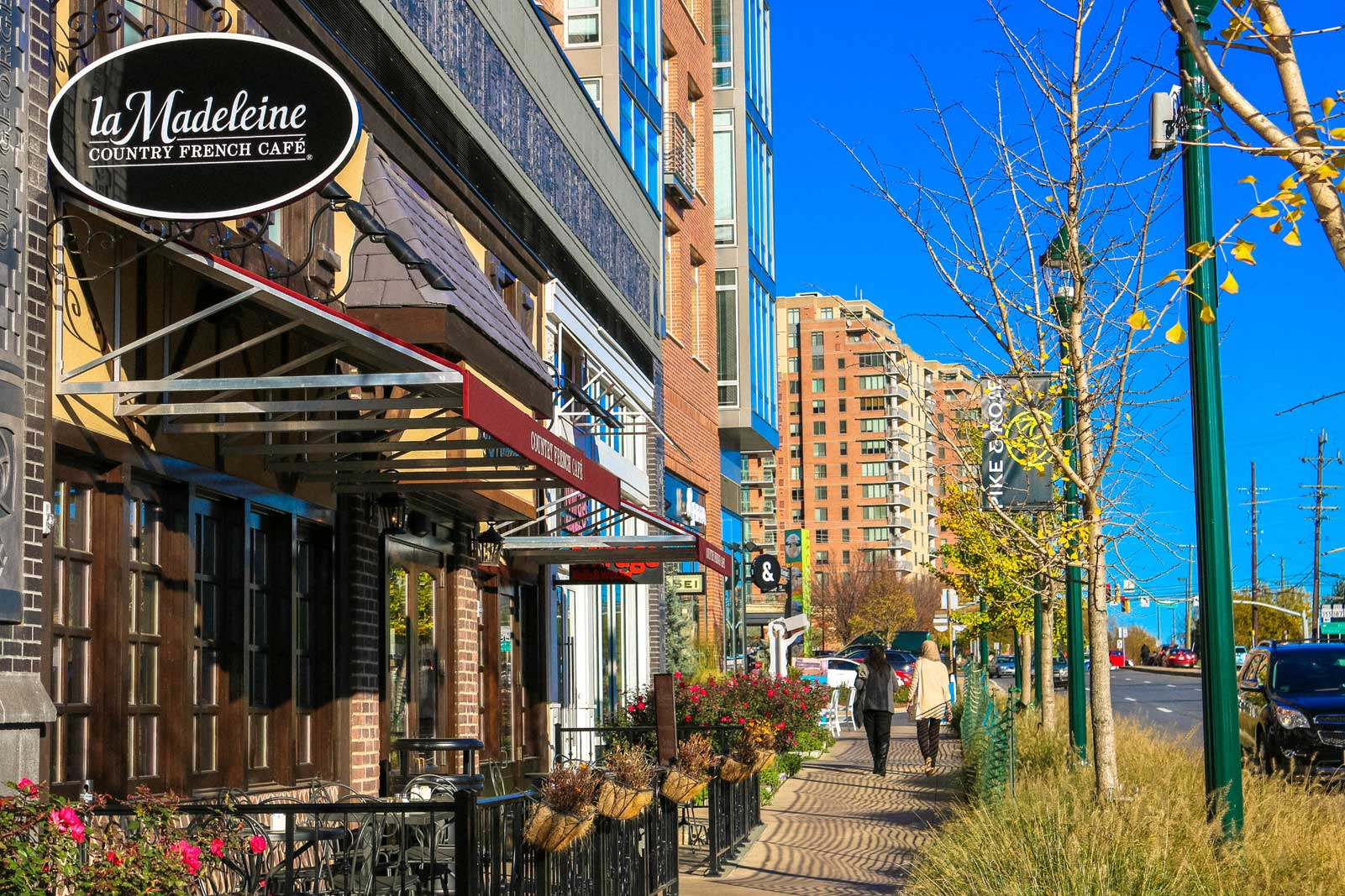 La Madeleine and shops in North Bethesda, MD