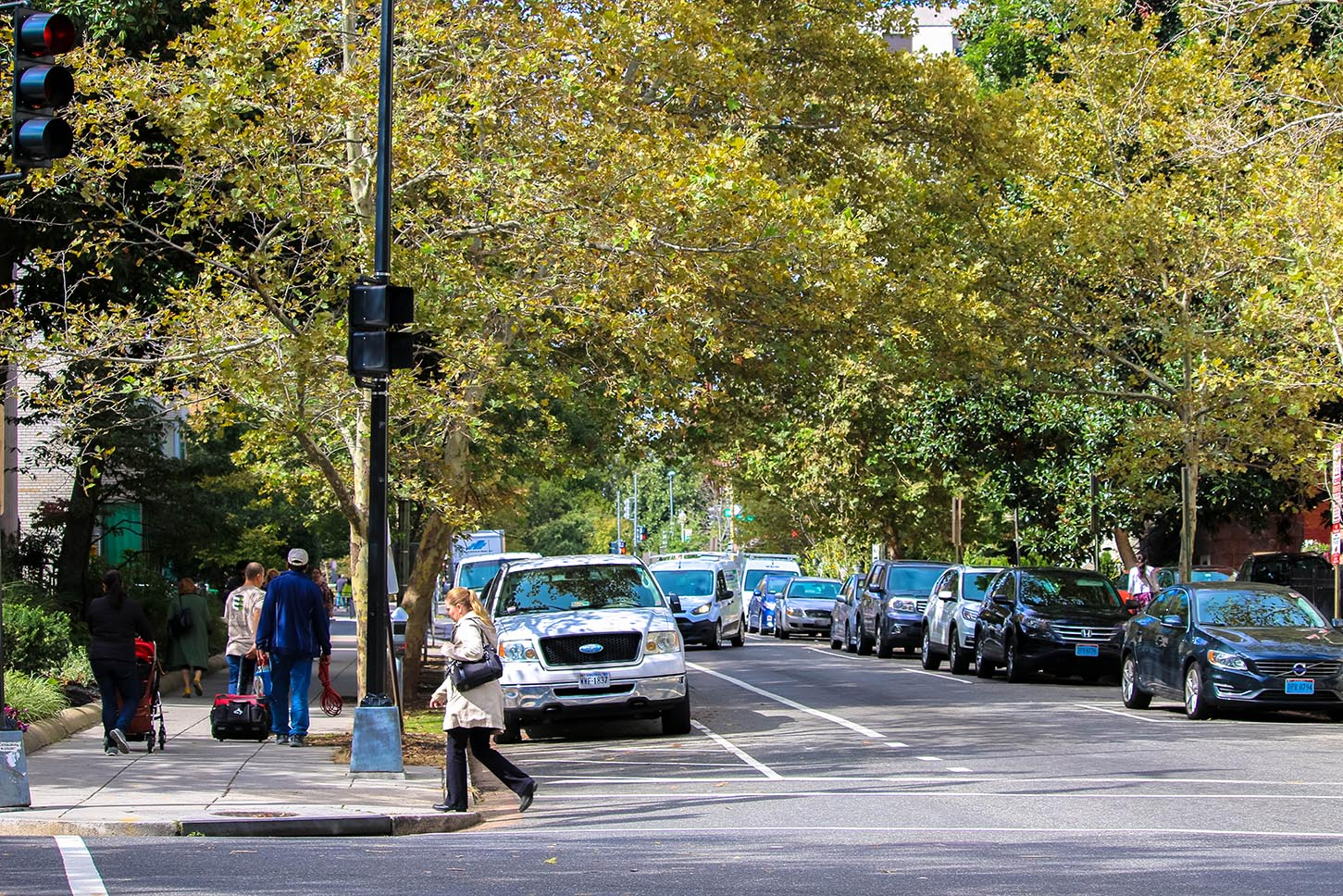 Pedestrians in Dupont Circle, Washington, D.C.